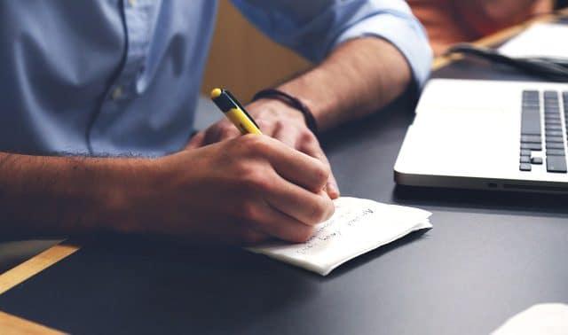 3 Cara Mudah Menulis Artikel Blog Yang Baik dan Benar